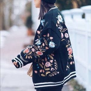 Sweaters - LIKE NEW * Floral patterned oversized cardigan
